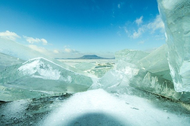 Rianás a Balaton jegén