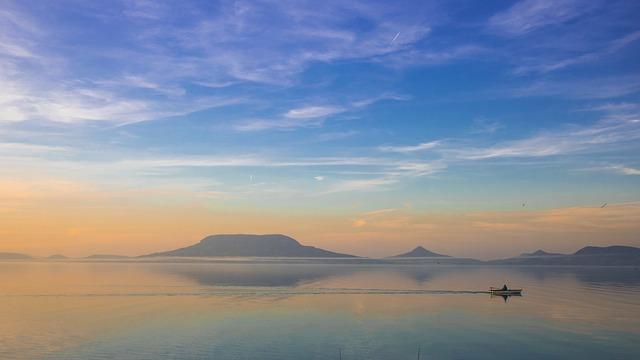 Badacsony látképe a déli partról