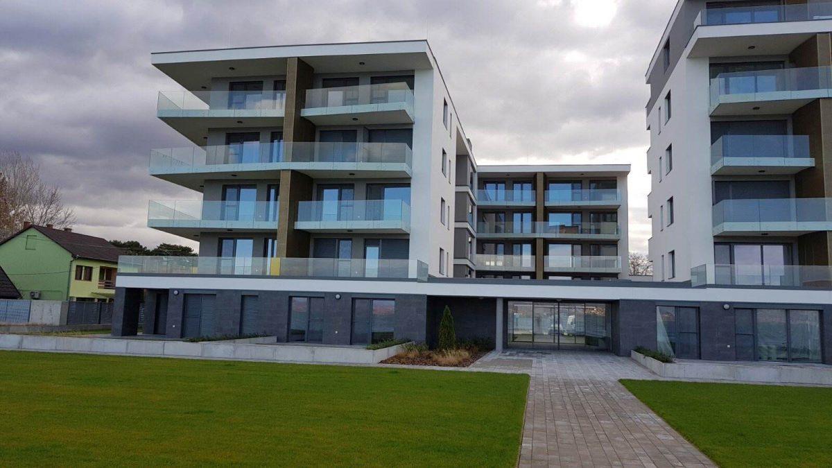 Lela Beach Grand Apartman –  Balatonlelle