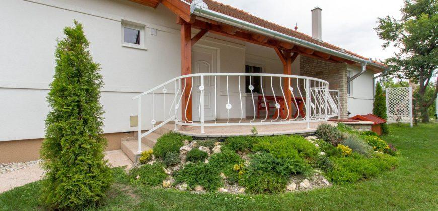 Csaba Nyaralóháza M95 – Balatonmáriafürdő